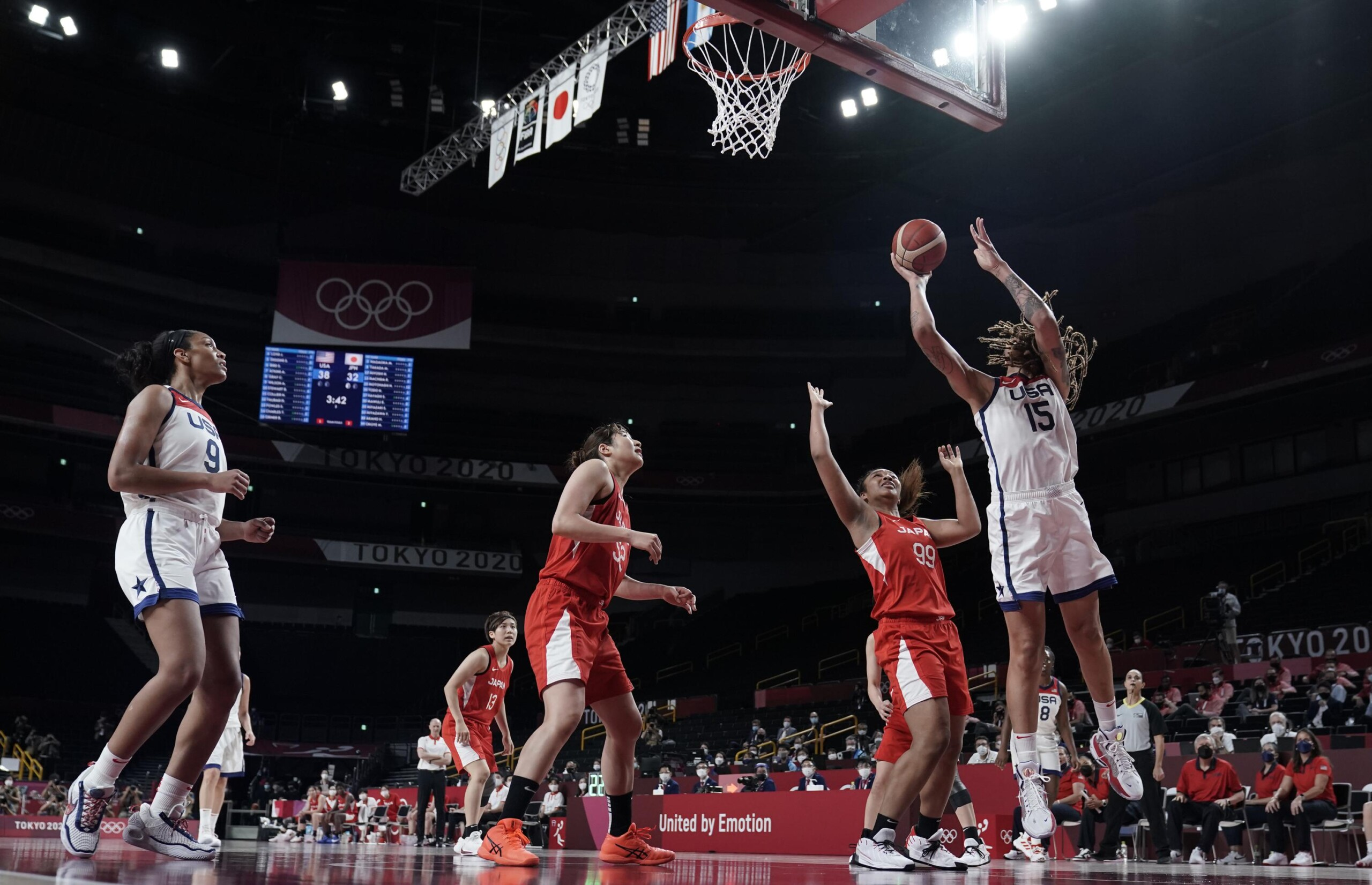 USA beats Japan and wins gold in womens basketball scaled