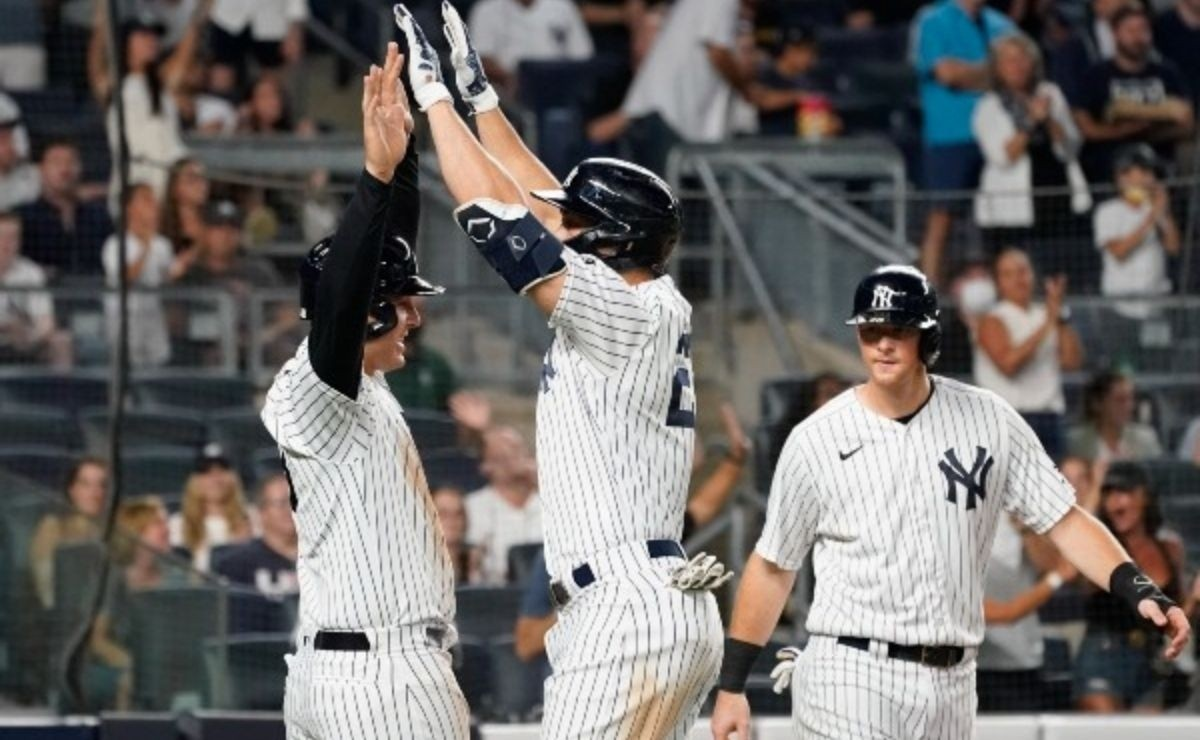 Unacceptable Yankees make 4 mistakes that cost a win this